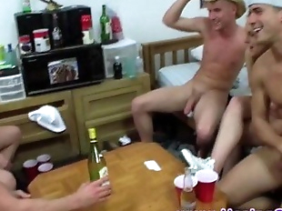 Straight amateur twinks sucking dick
