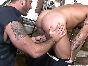 Insatiable top gives throatfuck to bottomHD